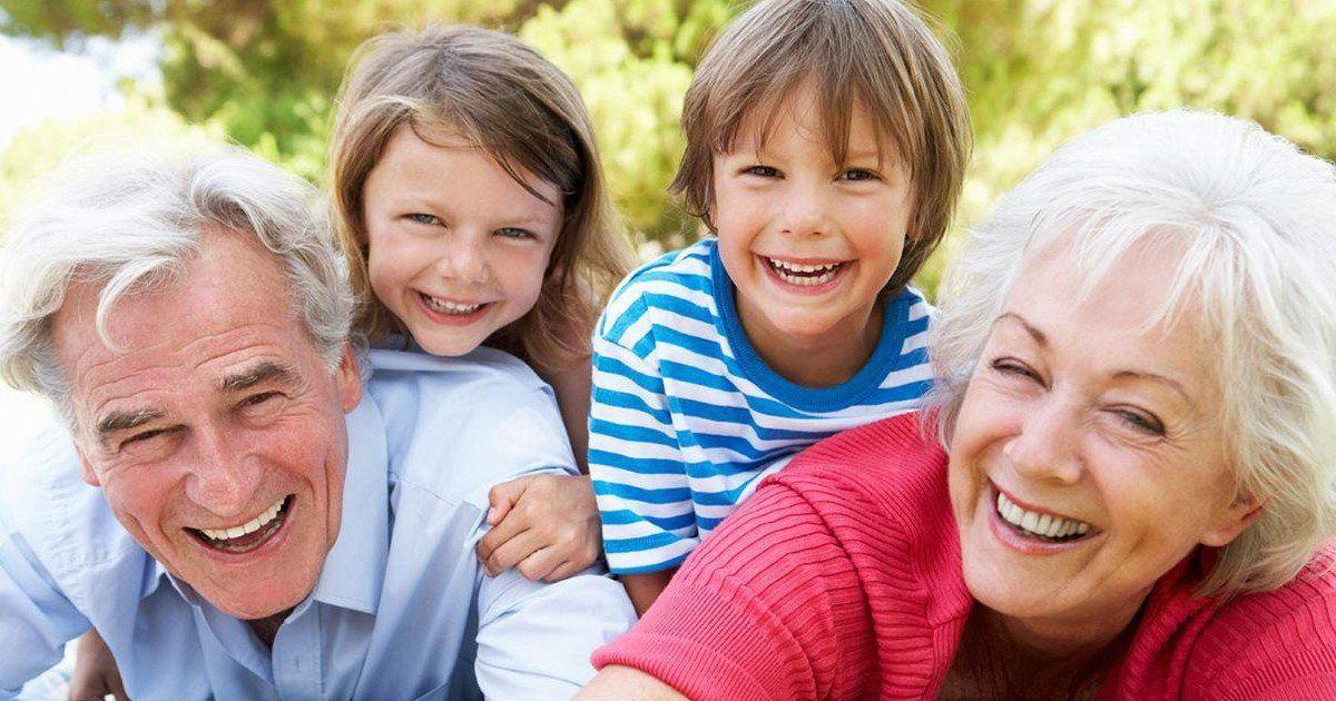 10 choses qui font qu'être grands-parents, c'est génial !