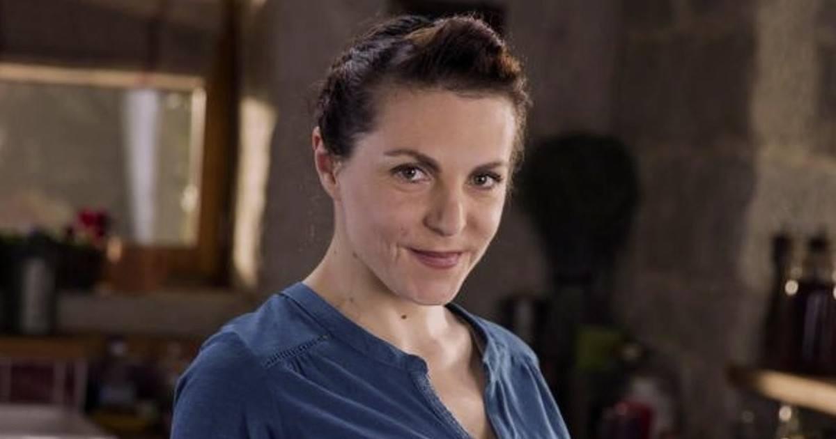 La comédienne Anne-Élisabeth Blateau lutte contre le coronavirus