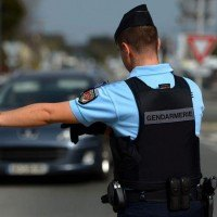 Faux gendarmes