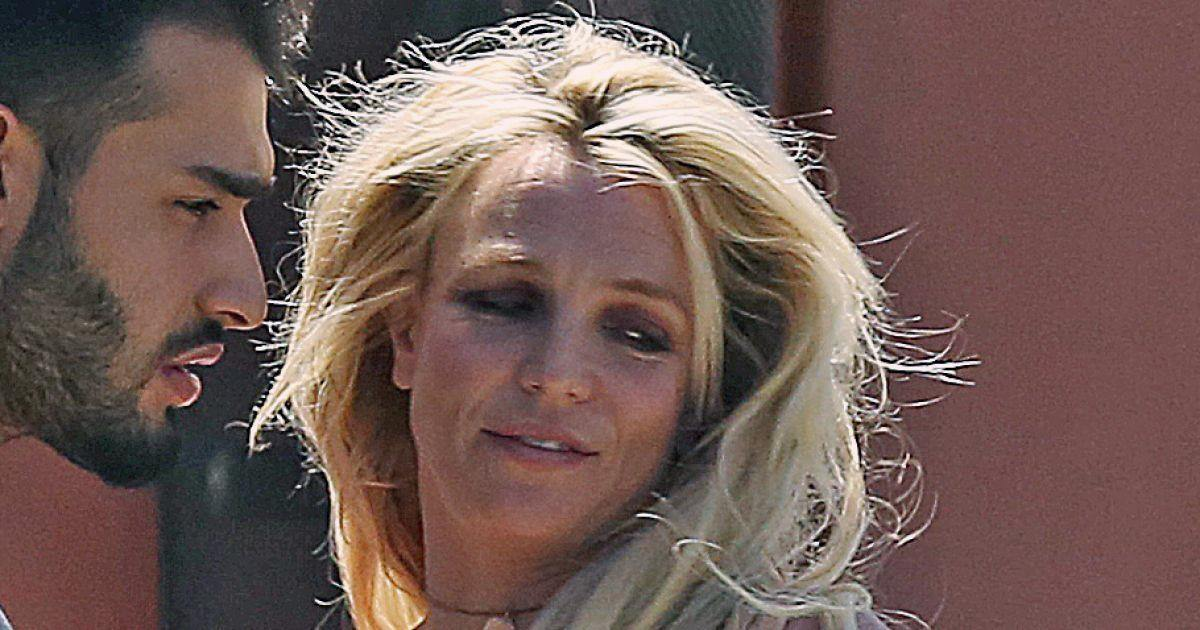 Britney Spears est sortie de l'hôpital psychiatrique, mais pas encore guérie