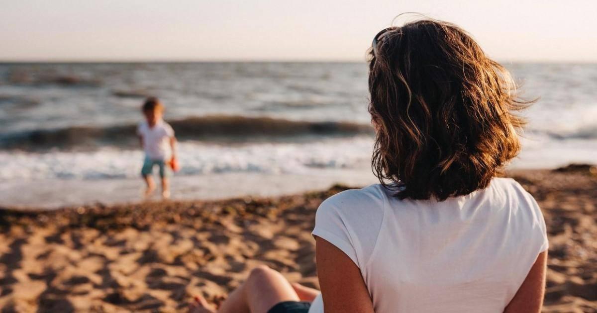 Selon Christophe Castaner, les français pourrait passer les vacances d'été...