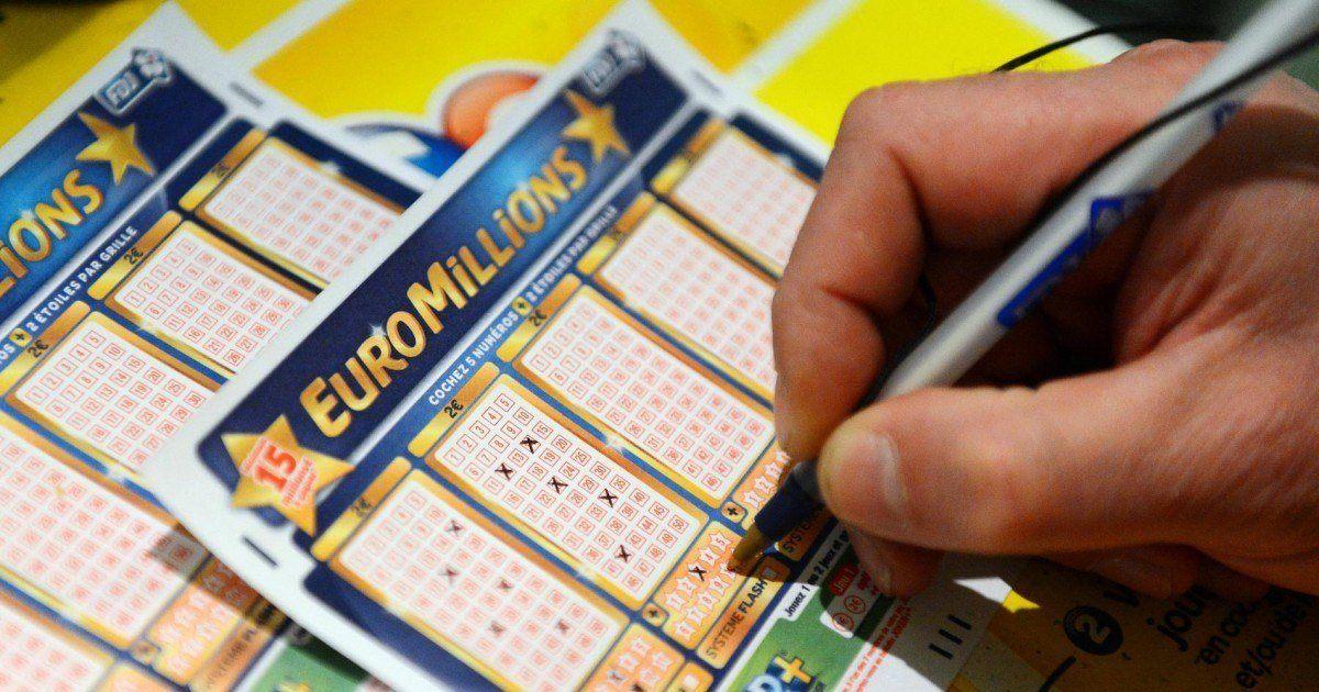 22 collègues gagnent à l'Euromillions et abandonnent leur travail du jour au lendemain