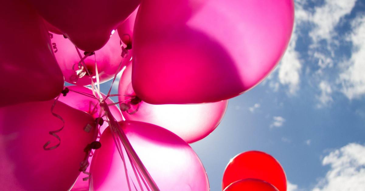 Comment organiser une fête réussie avec des ballons rouges ?