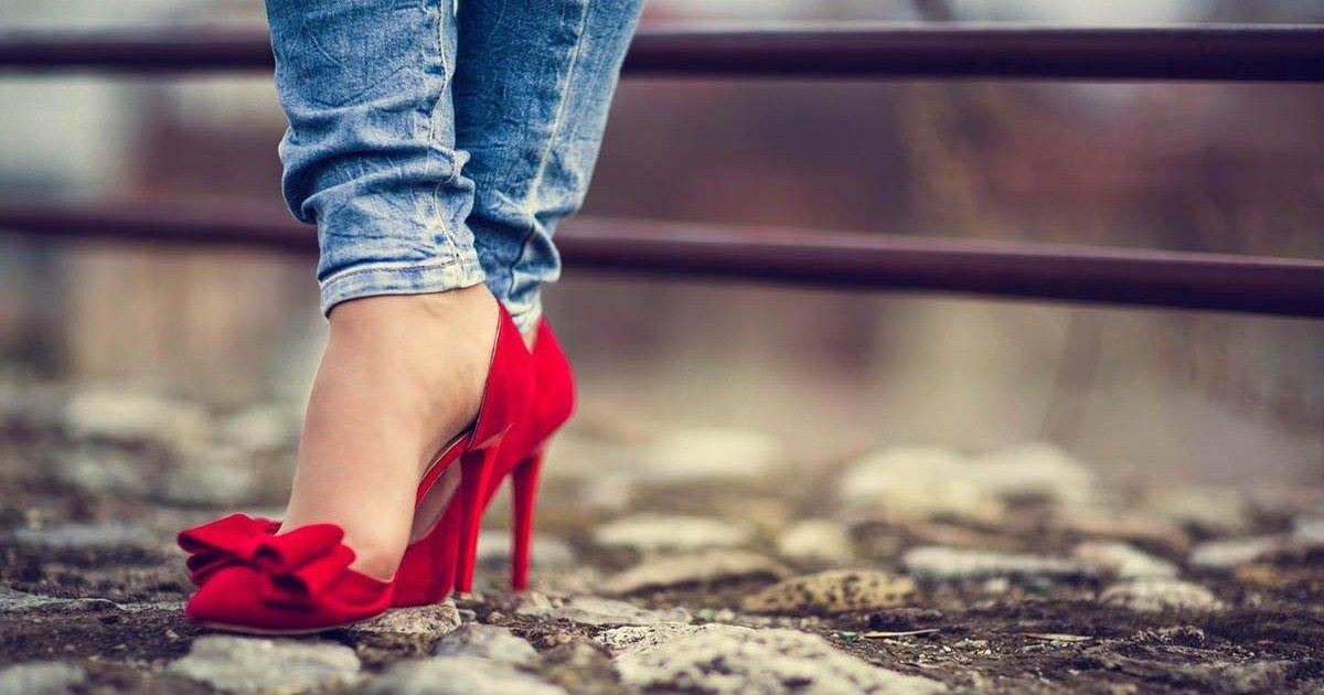 Les dangers des talons et comment ils affectent le corps des femmes