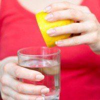 Comment dégonfler votre ventre grâce à une boisson ayurvédique au citron