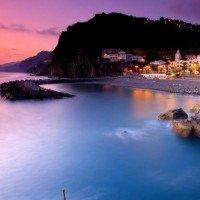 La plus belle île d'Europe où vous devez partir en voyage cet été