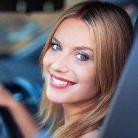 Selon une étude les femmes conduiraient mieux que les hommes