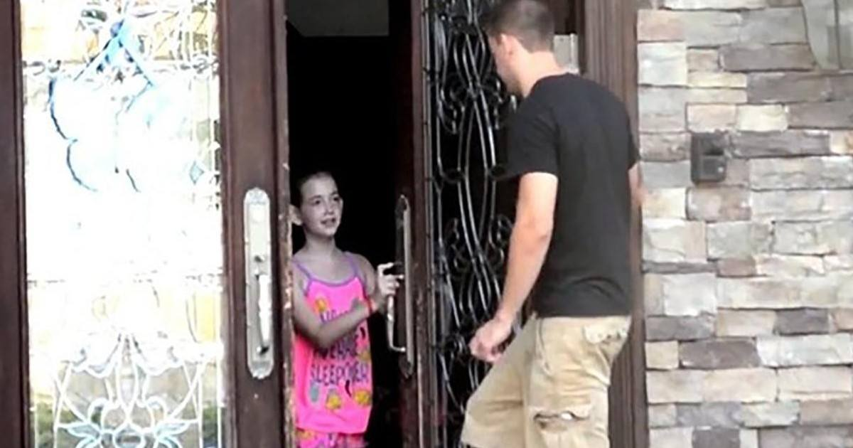 Expérience sur les enfants afin de savoir si ils ouvriraient la porte à un inconnu