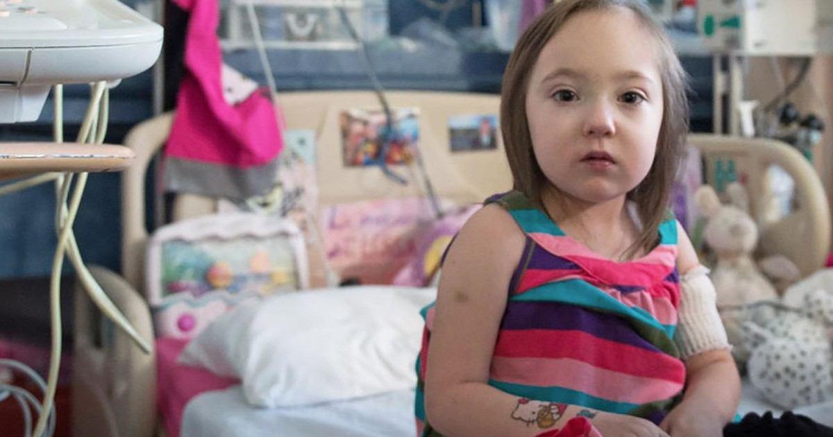 Greffe de cœur : la petite Élissa reçoit 700 dessins d'encouragement