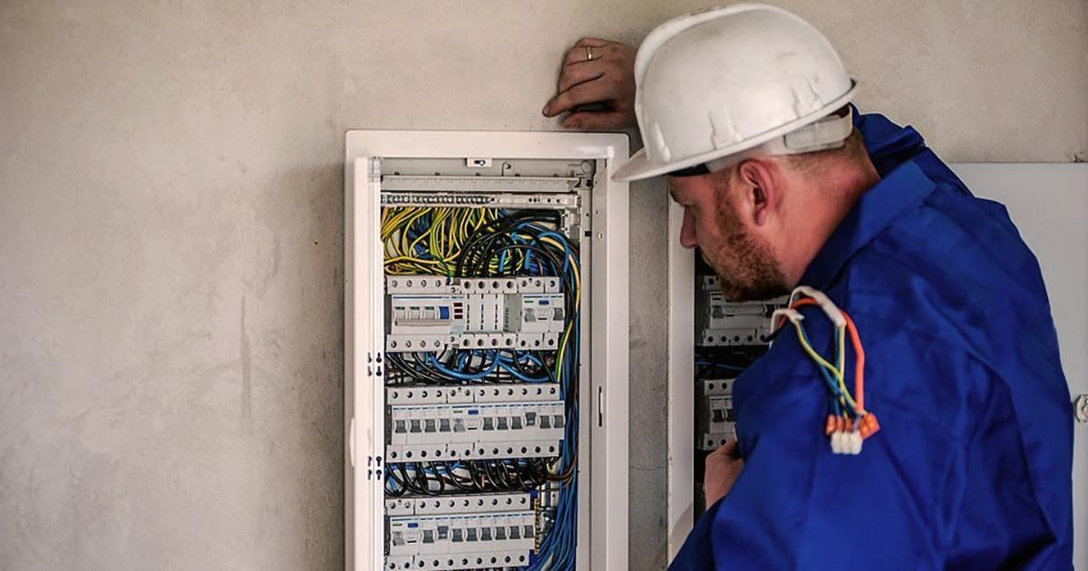 Quelle habilitation électrique est nécessaire à un non-électricien