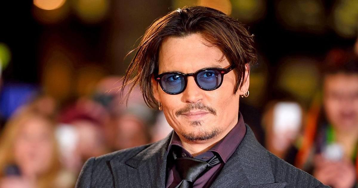 Johnny Depp très affaibli, les proches de la star s'expriment sur son état de santé