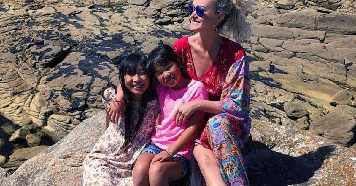 Laeticia Hallyday retrouve le sourire avec Jade et Joy à Los Angeles