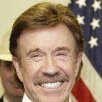 Le Bon Coin : une « authentique » signature de Chuck Norris mise à la vente !