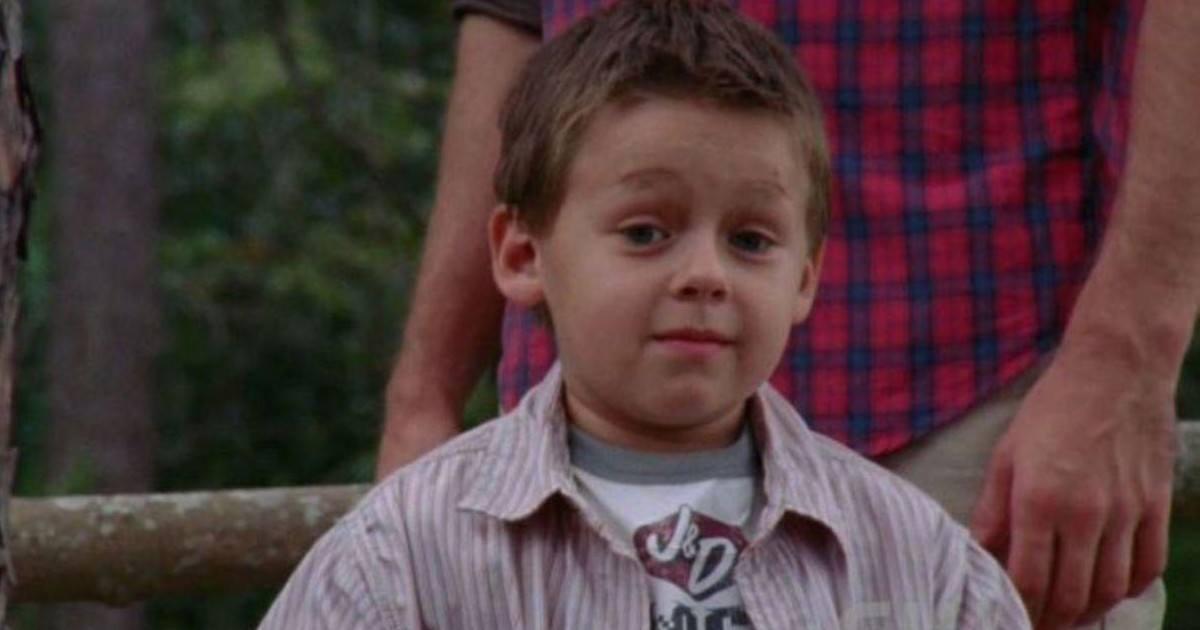 Les Frères Scott : âgé de 17 ans, découvrez à quoi ressemble le petit...