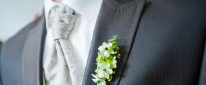Mariage : faut-il une cravate ou pas pour rester...