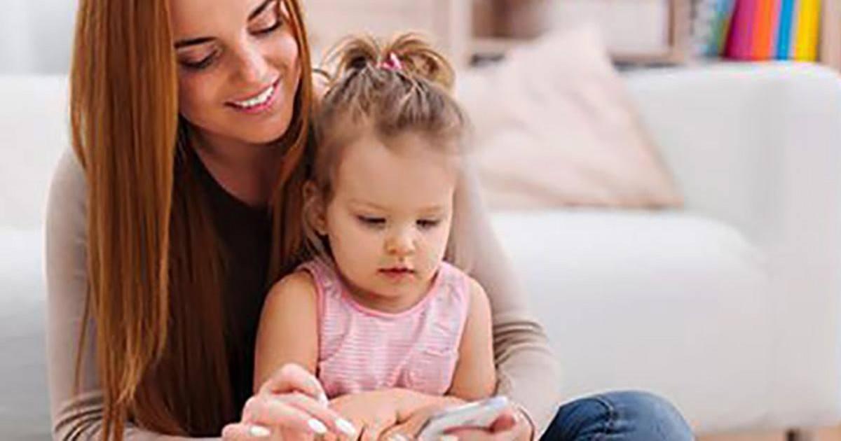 Les parents accros au portable donnent le mauvais exemple aux enfants