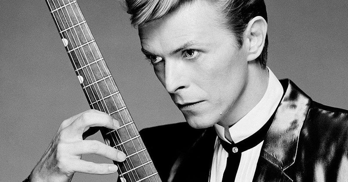 Une pétition adressée à Dieu exige la résurrection de David Bowie
