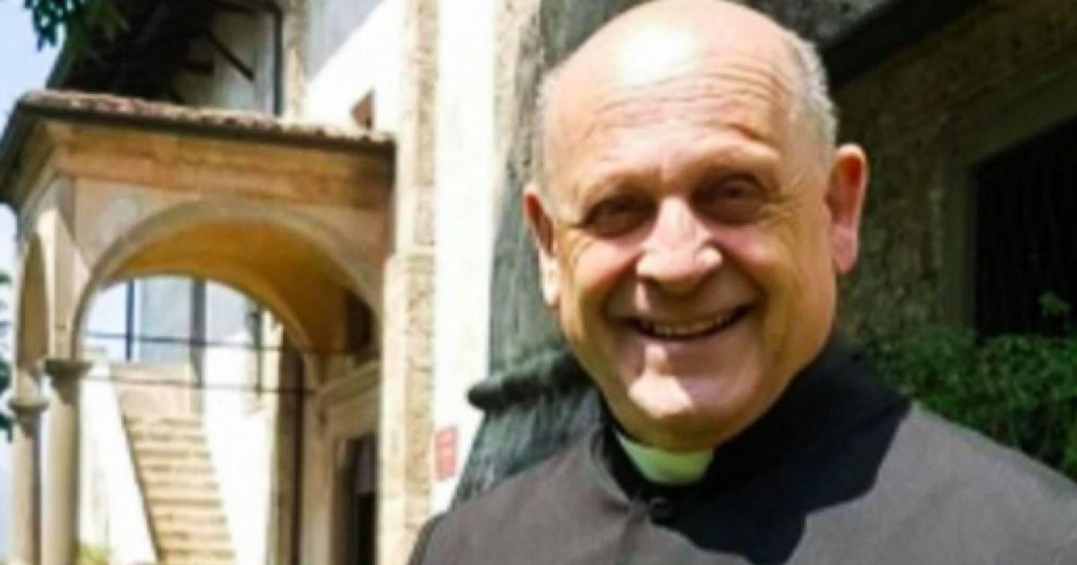 Un prêtre de 72 ans meurt après laissé son respirateur à un jeune
