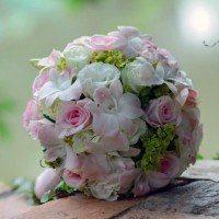 5 bouquets de fleurs et plantes à offrir aux mariés
