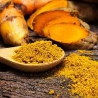 Éliminer les tâches et les imperfections grâce à cette recette à base de citron