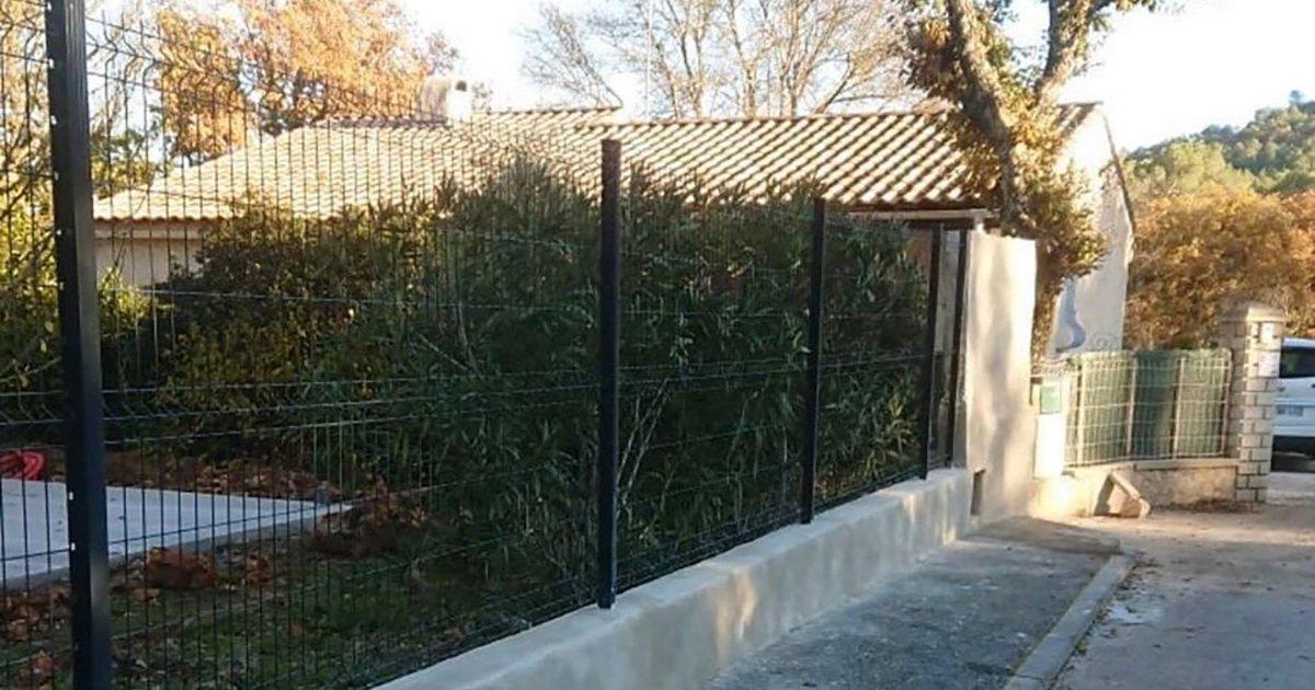 Pourquoi rénover votre clôture avant de mettre un bien en vente