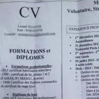 Un SDF distribue son CV dans le métro et décroche un entretien !