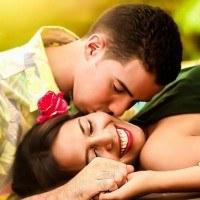 Découvrez les signes de l'horoscope qui rencontreront l'amour cet été