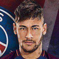 La star du football Neymar : il passe de la favela au roi de Paris
