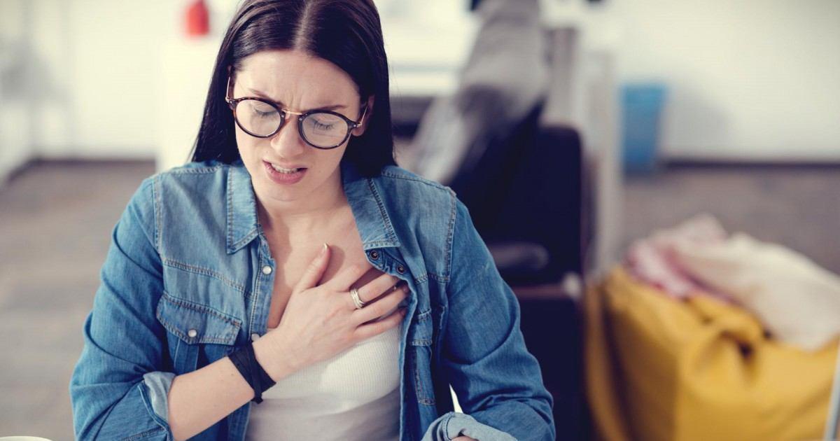 Six signes et symptômes que vous pourriez avoir une crise cardiaque