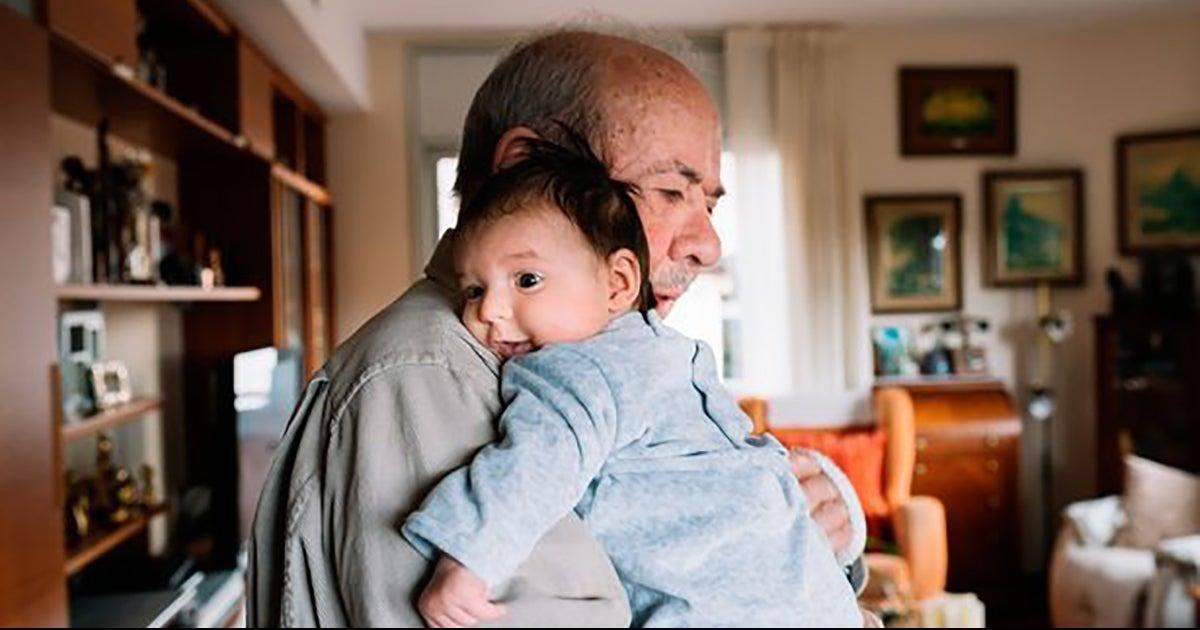 Les services sociaux leurs retirent la garde de leur bébé car ils sont trop...