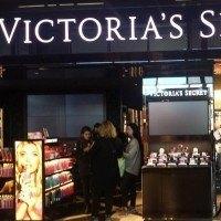 Les employés de la marque Victoria Secret révèlent les histoires croustillantes