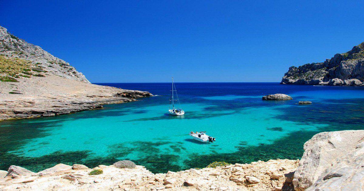 Les plages les plus insolites du monde à découvrir lors de vos voyages